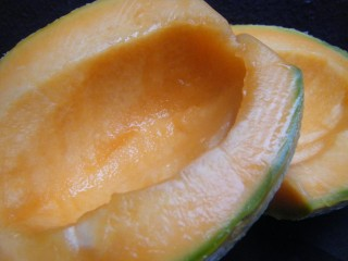Ginger and Cantaloupe Smoothie