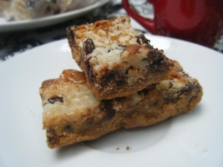 "7 Layer Magic ""Moni"" Bars"
