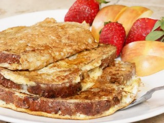 Healthy Protein Cinnamon Raisin French Toast
