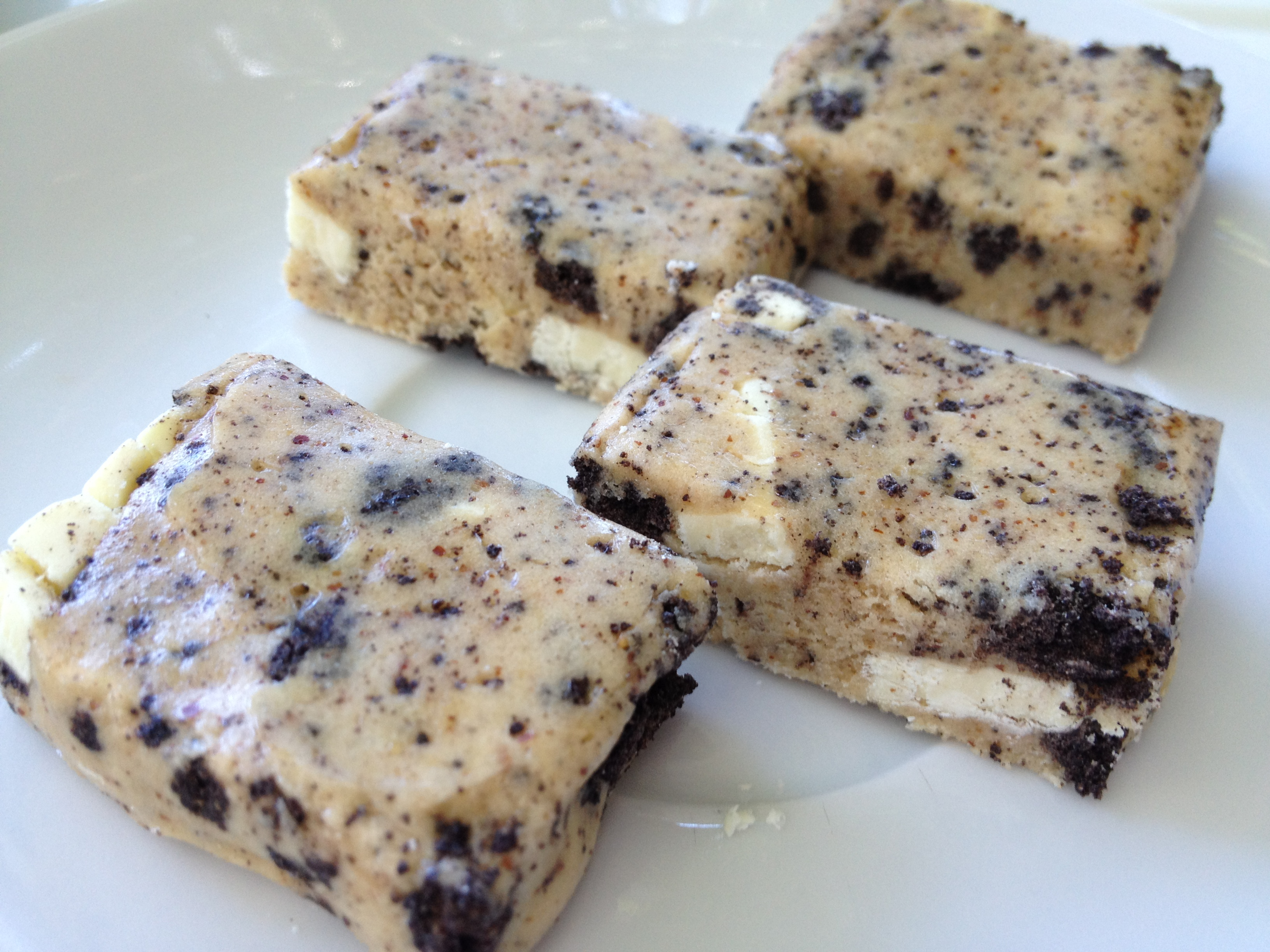 Cookies N Cream Protein Tartlets Quest Bars