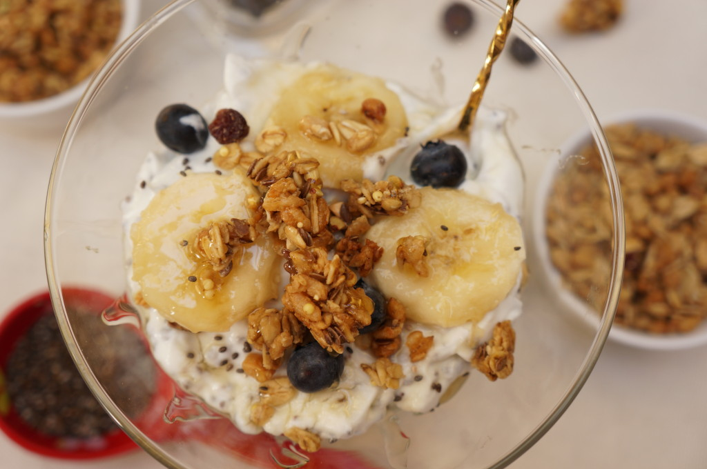 Healthy Granola Yogurt Parfait