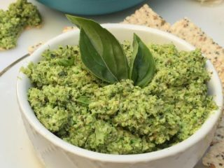 Brocolli Pesto 1