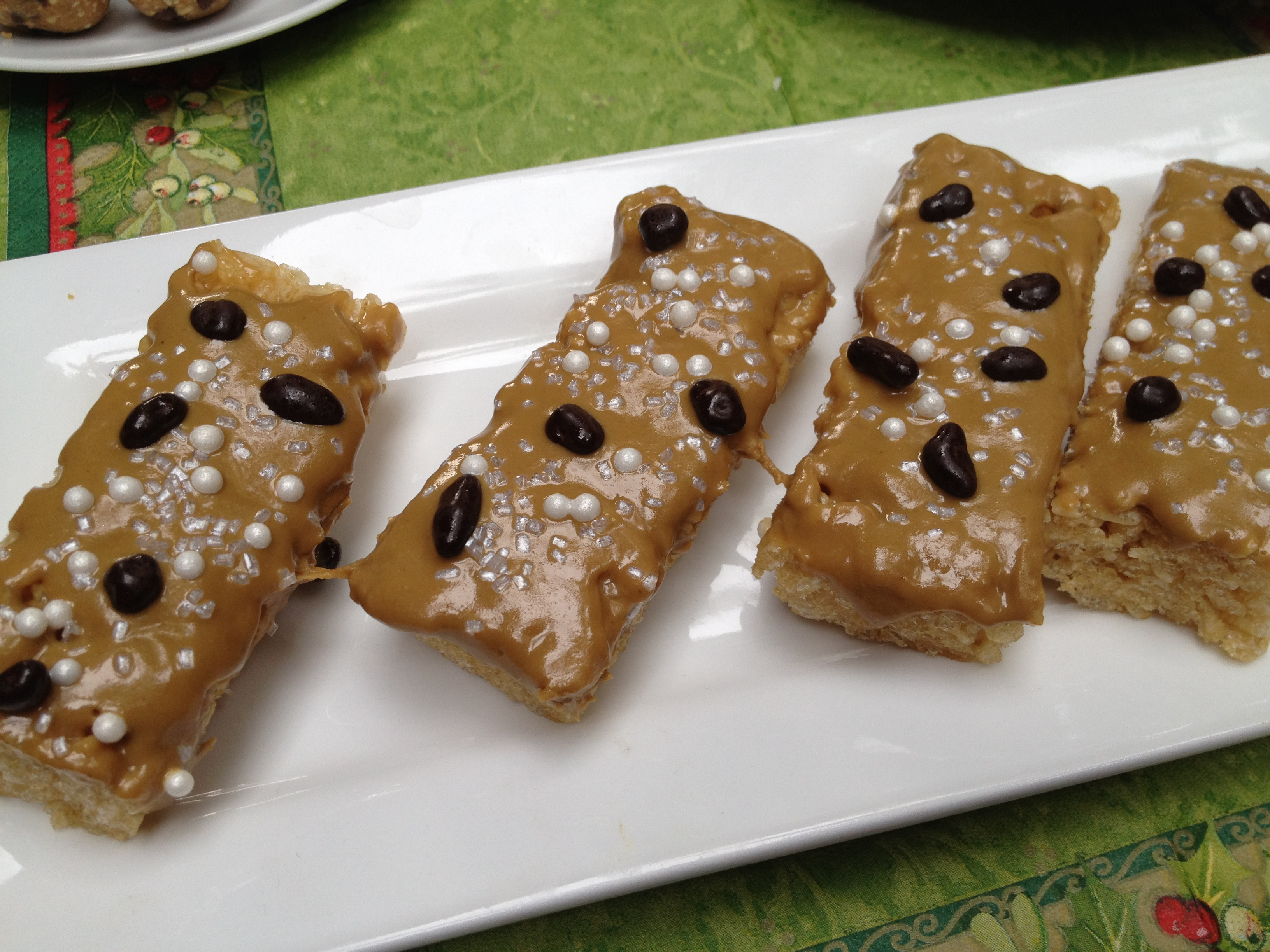 Moni Brown Rice Crispy Bars with Nut Butter Topping
